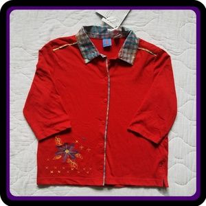 NWT Onque Red Button Down 3/4 Length Sleeves Shirt